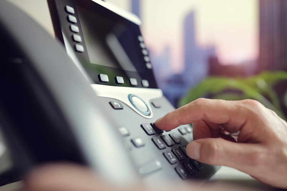 Landline vs VoIP number explained